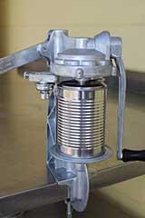 manual tin can sealing machine