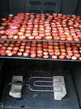 Drying tomatoes